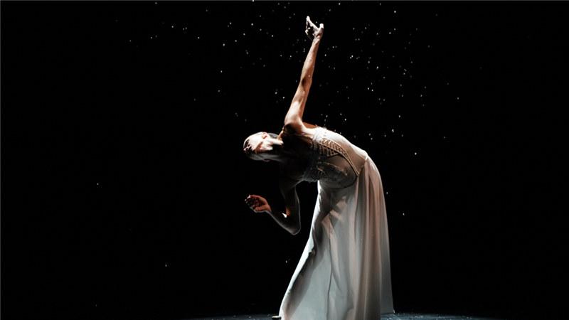 舞蹈编导空间力和造型