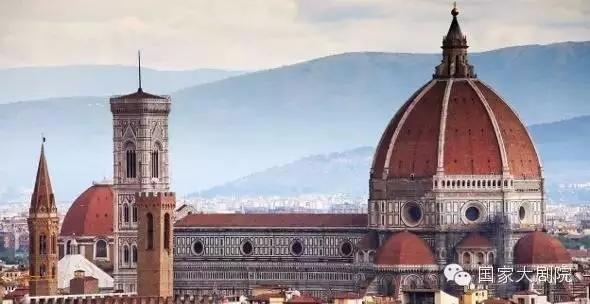 代表性的著名建筑为意大利佛罗伦萨的美第奇府邸,维琴察圆厅别墅和